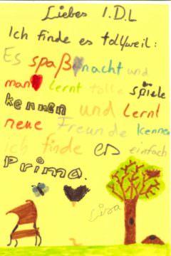 Kinderstimme_gelb_hoch02
